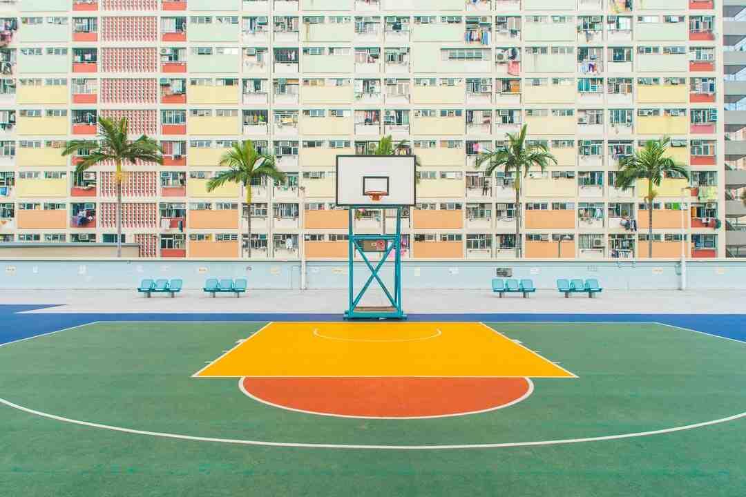 Como se faz a bandeja no basquete?