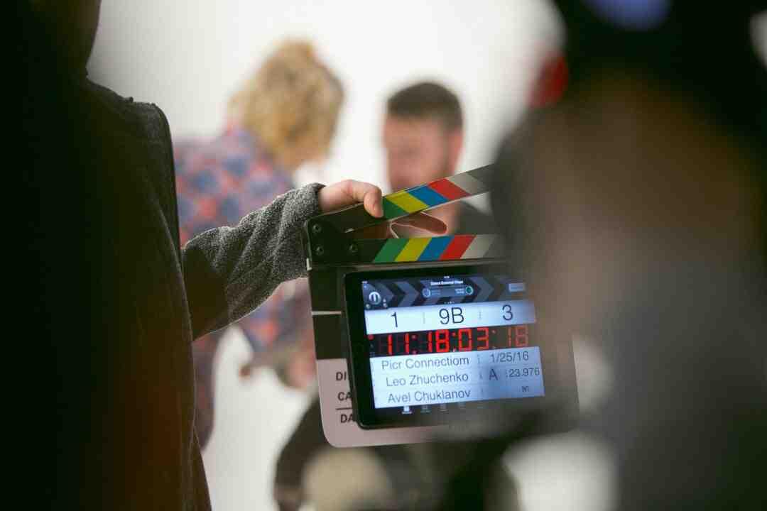 Qual a primeira etapa da elaboração de um documentário?