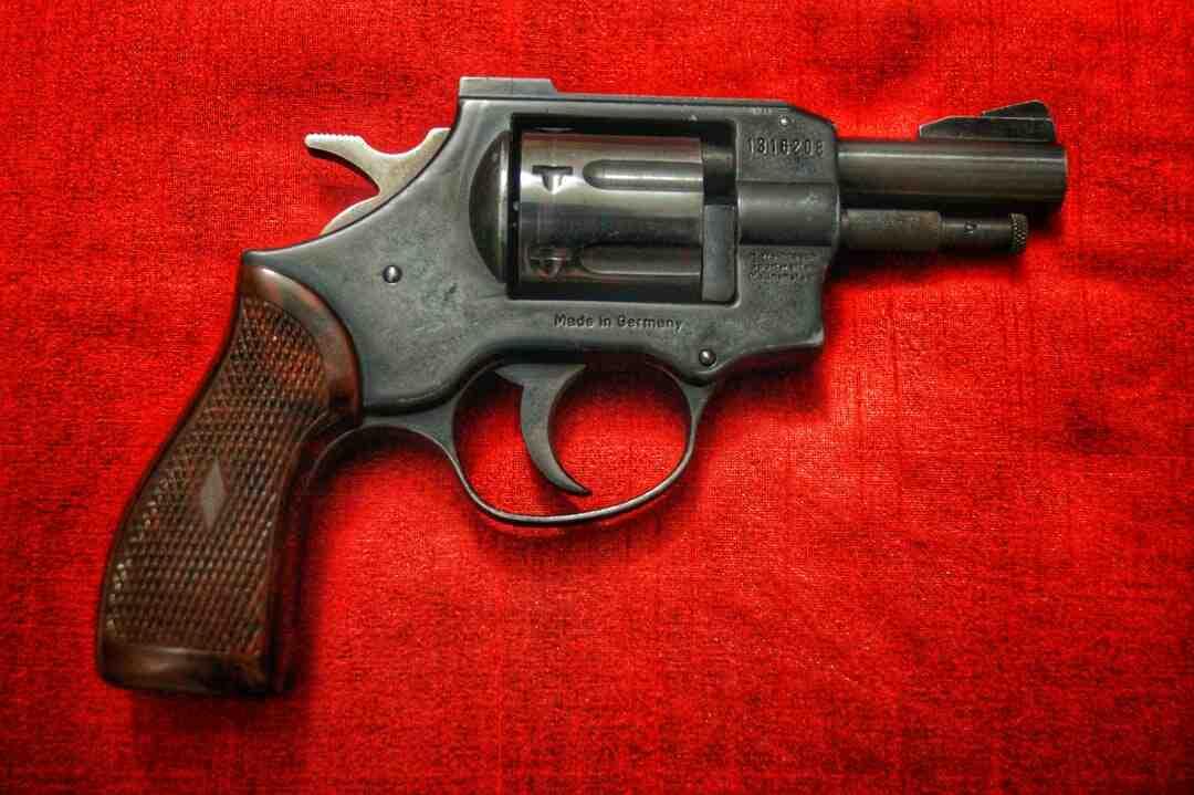 Quantas balas vai no carregador da 9mm?
